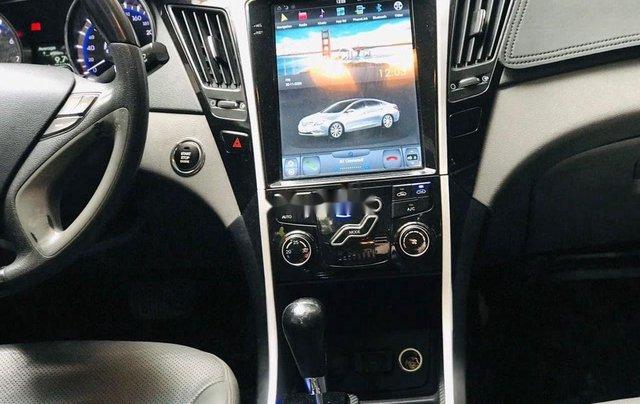 Cần bán Hyundai Sonata đời 2010, màu trắng, xe nhập5