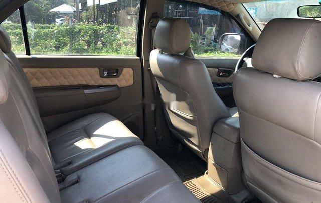 Cần bán xe Toyota Fortuner sản xuất năm 2009, nhập khẩu11
