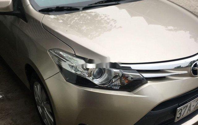 Cần bán gấp Toyota Vios năm 2015 còn mới, 425 triệu0