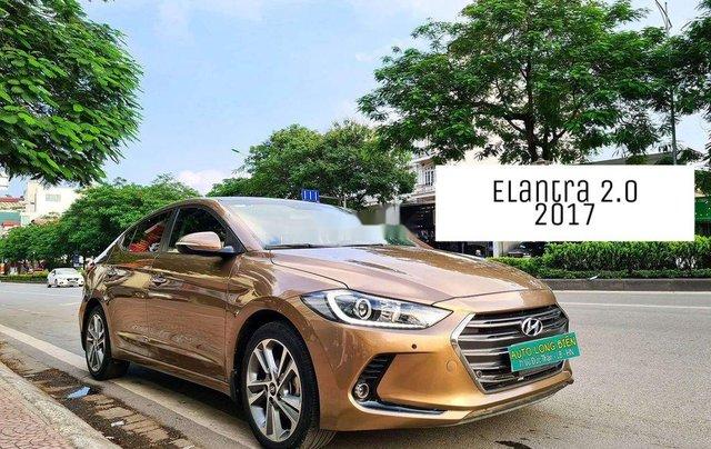 Cần bán Hyundai Elantra đời 2017, màu nâu còn mới, 554 triệu0