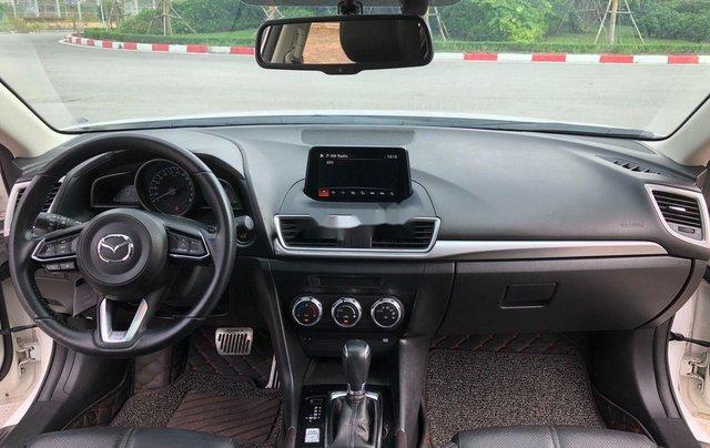 Xe Mazda 3 năm 2017, màu trắng, giá 589tr10
