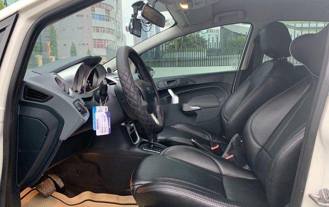 Cần bán Ford Fiesta năm 2012, xe một đời chủ giá thấp9