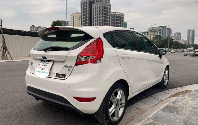 Cần bán Ford Fiesta năm 2012, xe một đời chủ giá thấp2