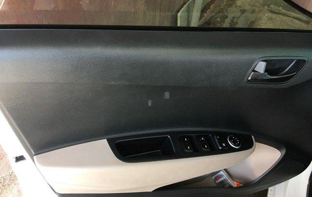 Bán Hyundai Grand i10 sản xuất năm 2016, xe nhập còn mới10