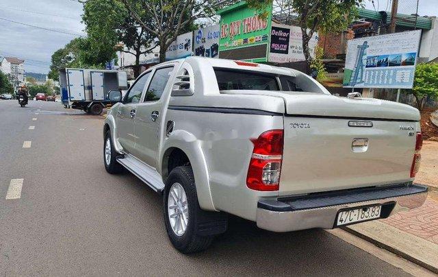 Bán Toyota Hilux sản xuất 2014, nhập khẩu nguyên chiếc6