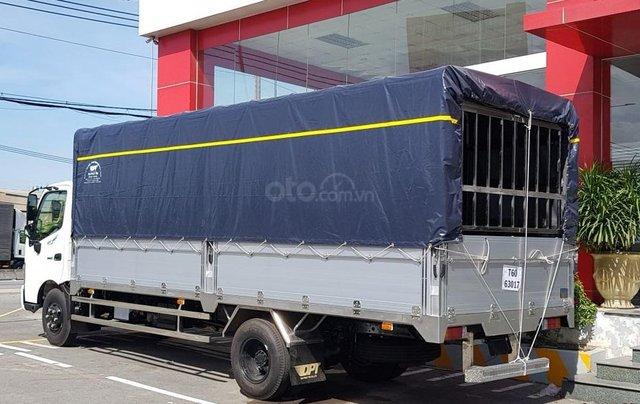 Xe tải Hino 5 tấn - Hino XZU730L thùng dài 5m62