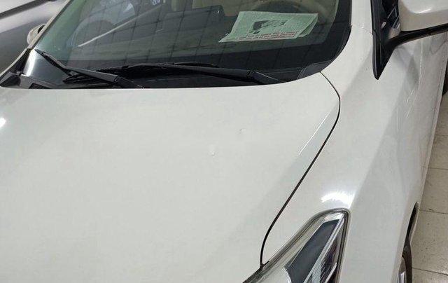 Xe Toyota Vios 2018, màu trắng số sàn3