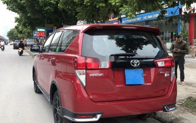 Cần bán lại xe Toyota Innova 2.0 AT Ventuner năm 20184