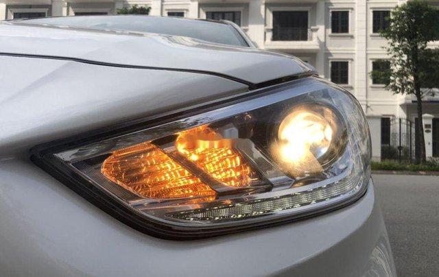 Cần bán lại xe Hyundai Accent sản xuất 2019, màu trắng, giá 499tr6