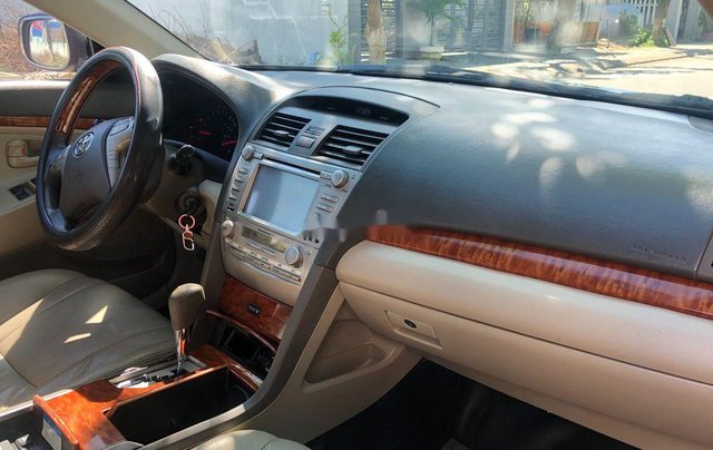 Cần bán xe Toyota Camry sản xuất năm 2009, xe nhập, giá tốt7