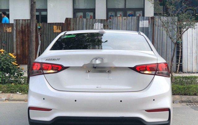 Cần bán lại xe Hyundai Accent sản xuất 2019, màu trắng, giá 499tr1