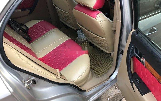 Bán ô tô Daewoo Gentra 2011, màu bạc chính chủ, giá 178tr7