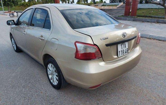 Cần bán gấp Toyota Vios năm sản xuất 2010, màu vàng, 185tr3