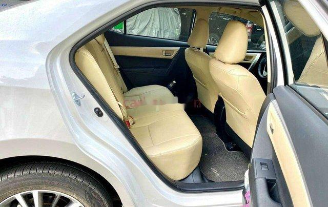 Bán xe Toyota Corolla Altis sản xuất 2020, xe còn mới