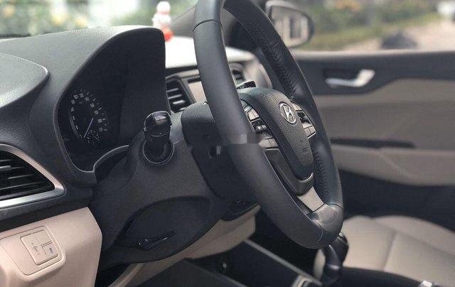 Cần bán lại xe Hyundai Accent sản xuất 2019, màu trắng, giá 499tr3