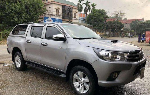 Bán Toyota Hilux 2.5MT năm 2015, màu ghi xám2