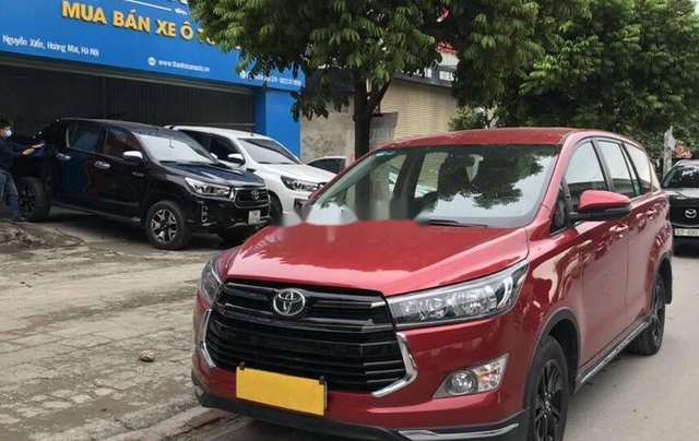 Cần bán lại xe Toyota Innova 2.0 AT Ventuner năm 201811