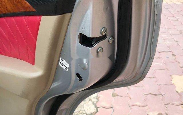 Bán ô tô Daewoo Gentra 2011, màu bạc chính chủ, giá 178tr6