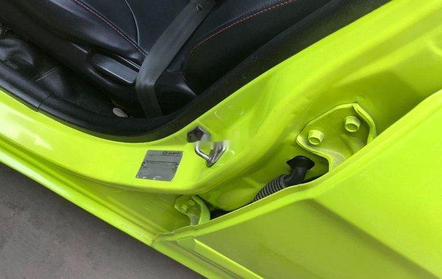 Cần bán gấp Kia Morning đời 2011, màu xanh lục, nhập khẩu 11