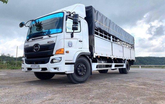 Xe tải Hino FG 8 tấn thùng dài 7m4 trả trước 200tr chìa khóa trao tay3