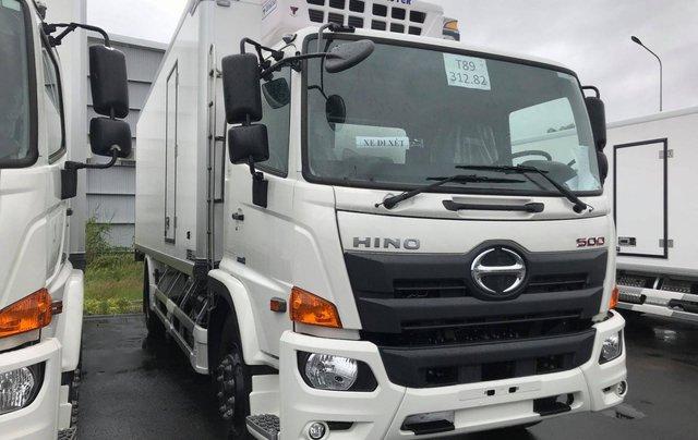 Xe tải Hino FG 8 tấn thùng dài 7m4 trả trước 200tr chìa khóa trao tay4