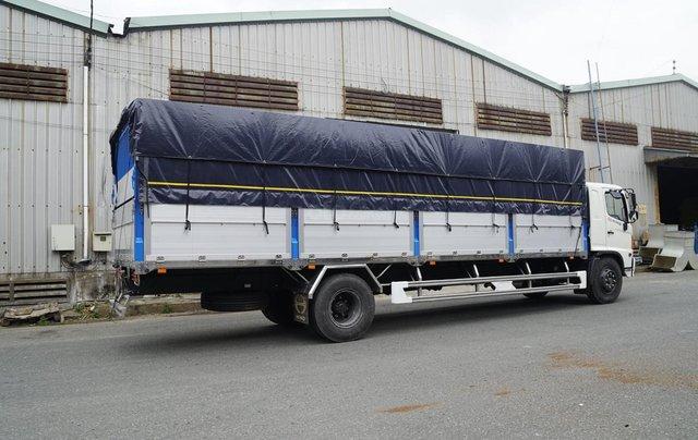 Xe tải Hino FG 8 tấn thùng dài 7m4 trả trước 200tr chìa khóa trao tay7