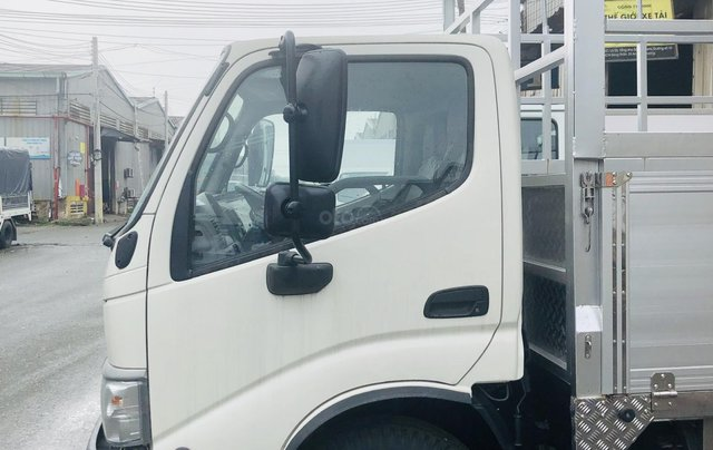 Xe tải Hino 3T5 thùng dài 4m5 nhập khẩu nguyên chiếc 150tr nhận xe3