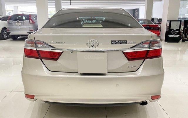 Bán xe Toyota Camry 2.0E 2018, giá tốt3