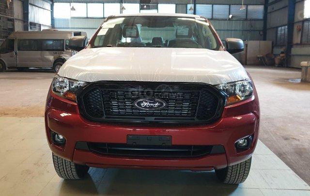 Ford Ranger XLS AT/MT 2021 màu đỏ, bán lấy chỉ tiêu chạy doanh số cuối năm, phi lợi nhuận, 1 chiếc giao ngay tháng 110