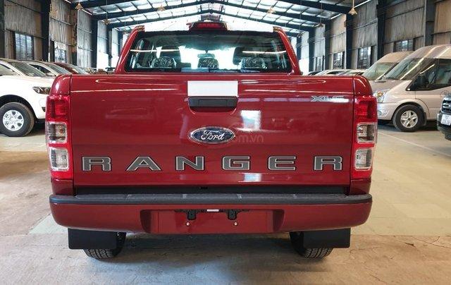 Ford Ranger XLS AT/MT 2021 màu đỏ, bán lấy chỉ tiêu chạy doanh số cuối năm, phi lợi nhuận, 1 chiếc giao ngay tháng 111