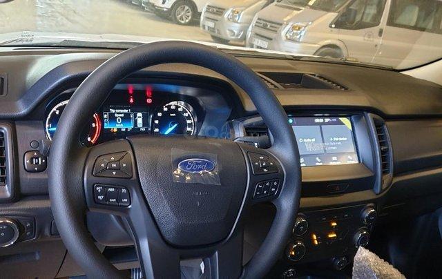 Ford Ranger XLS AT/MT 2021 màu đỏ, bán lấy chỉ tiêu chạy doanh số cuối năm, phi lợi nhuận, 1 chiếc giao ngay tháng 115
