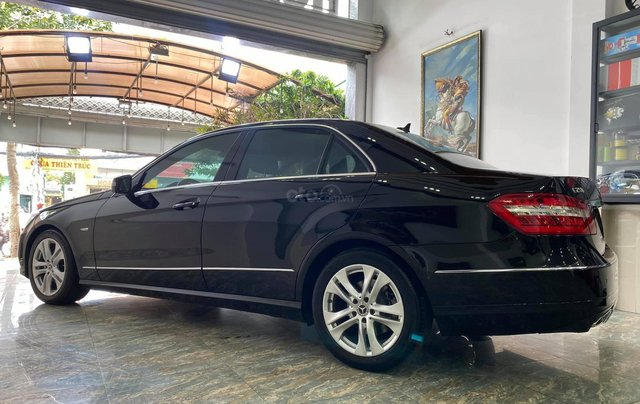 Bán Mercedes E250 CGI chuẩn zin cực đẹp4