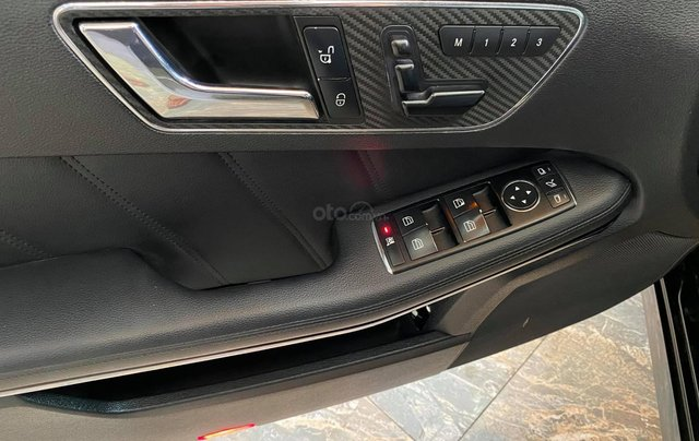Bán Mercedes E250 CGI chuẩn zin cực đẹp13