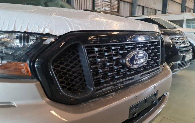 Bán Ford Ranger: Giá cực tốt, hỗ trợ ngân hàng 85%, trả trước 90 triệu nhận xe về tay1