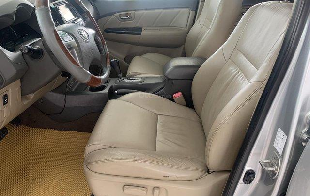 Bán Toyota Fortuner 2.7AT 2012, màu bạc7