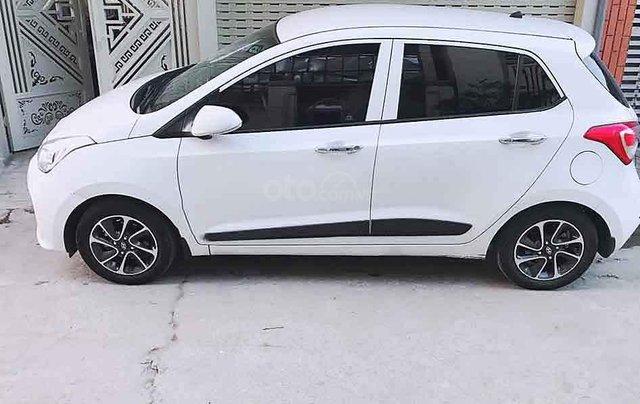 Cần bán xe Hyundai Grand i10 sản xuất năm 2019, màu trắng  4