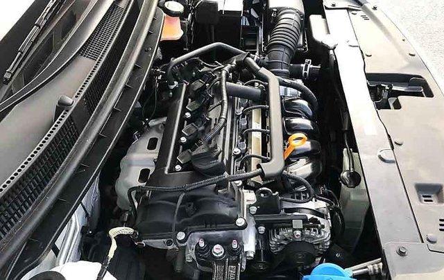Bán ô tô Kia Soluto sản xuất năm 2020, màu trắng số sàn, giá 375tr6