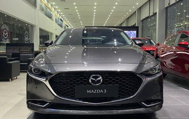 Mazda 3 Premium giảm giá ưu đãi cùng nhiều quà tặng tháng 120