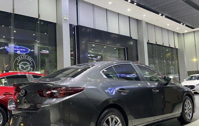 Mazda 3 Premium giảm giá ưu đãi cùng nhiều quà tặng tháng 121