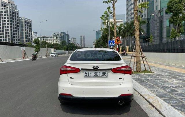 Bán Kia K3 2.0, đời 2016 màu trắng, còn mới1