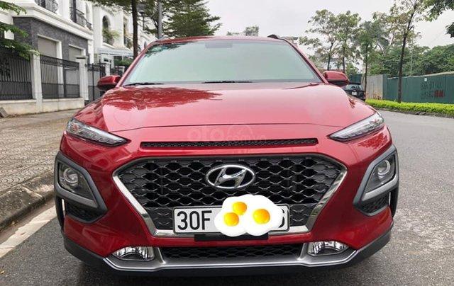 Hyundai Kona 1.6 Turbo sản xuất năm 2019, màu đỏ còn mới nguyên0