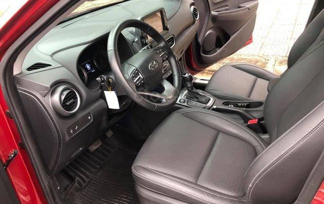 Hyundai Kona 1.6 Turbo sản xuất năm 2019, màu đỏ còn mới nguyên4