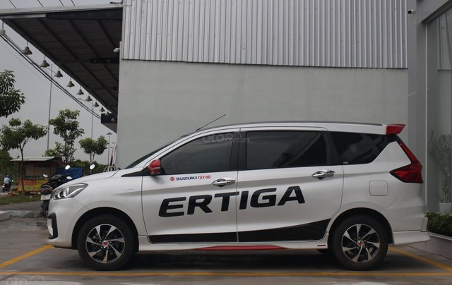 7 chỗ chỉ từ 499,9 triệu - Suzuki Ertiga 5MT1