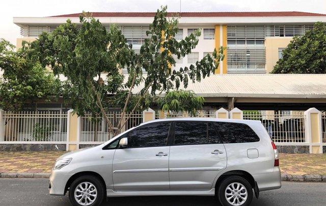 Toyota Innova 2.0G - số tự động - đẹp nhất Sài Gòn1