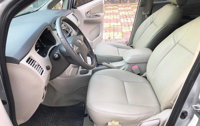 Toyota Innova 2.0G - số tự động - đẹp nhất Sài Gòn8