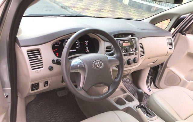 Toyota Innova 2.0G - số tự động - đẹp nhất Sài Gòn9