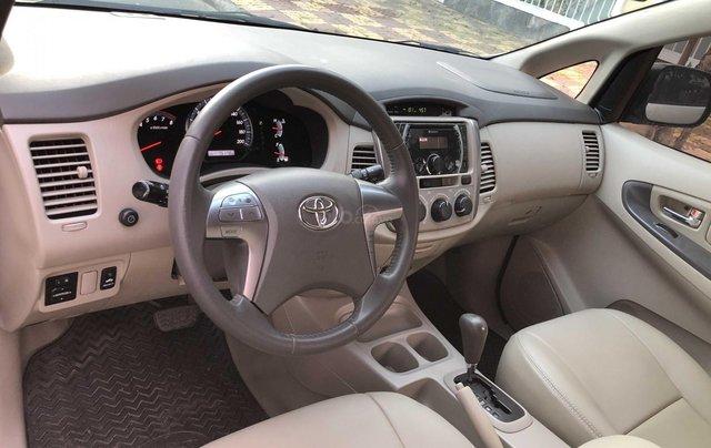 Toyota Innova 2.0G - số tự động - đẹp nhất Sài Gòn11