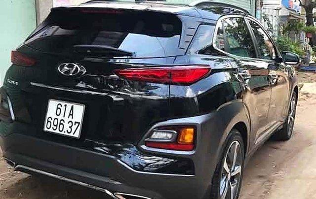 Cần bán lại xe Hyundai Kona 1.6 Turbo 2019, màu đen1