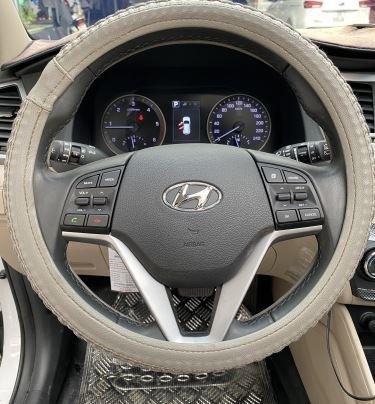 Cần bán xe Hyundai Tucson năm sản xuất 2018, màu trắng còn mới, 845 triệu7