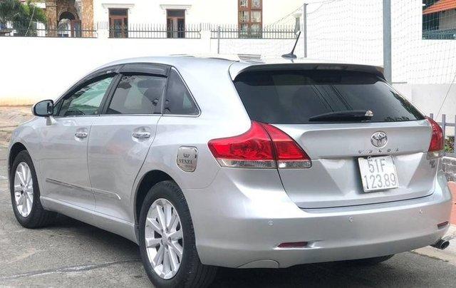 Cần bán Toyota Venza sản xuất năm 2010 còn mới, 639tr1